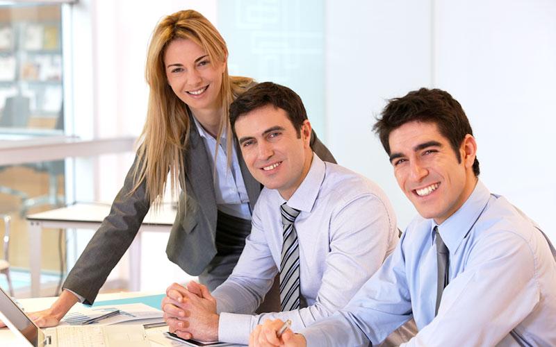 מקצוענים במטה החברה